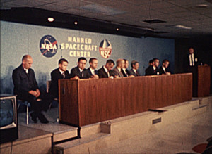 Manned Space Flight Quarterly Report No. 18, July-September 1967